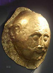 Heinch Schlieman y la máscara de Agamenón