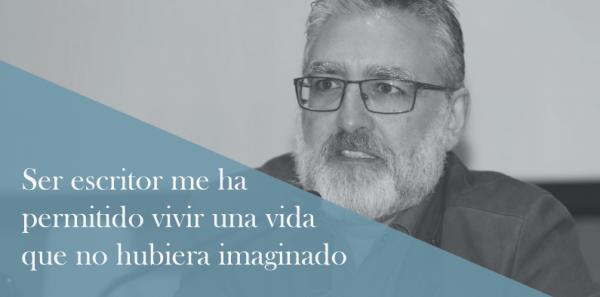 """Teo Palacios: """"Ser escritor me ha permitido vivir una vida que nunca hubiera imaginado"""""""