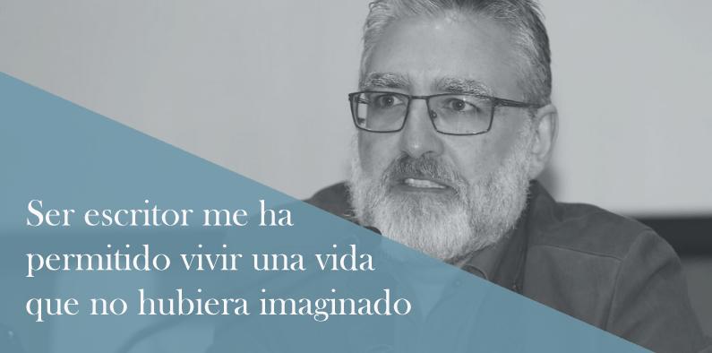 Teo Palacios escritor de novelas histoóica